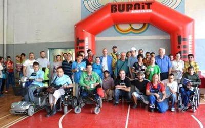 Състезание по тенис на маса за хора с увреждания с подкрепата на BURNiT